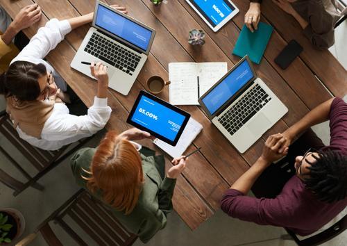 Estrategias de vinculación de clientes y empleados